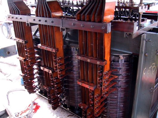 Transformatoren: Arc Furnace transformer bus